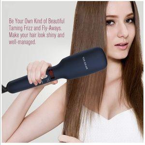 Other - Straightening brush